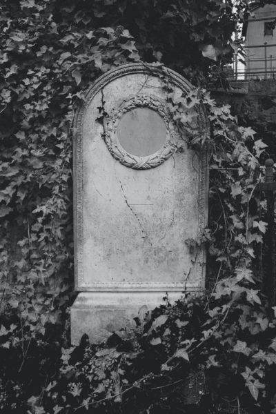 Paris Spooky Place - Pere Lachaise Cemetery